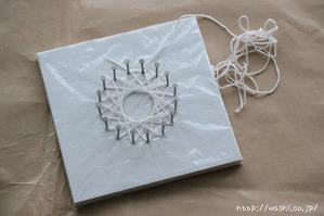 紙糸を使ったクリスマスオーナメント作り(糸掛け完成2)