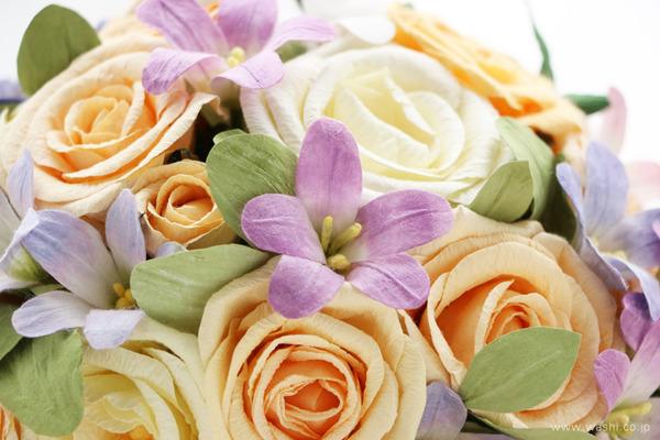 結婚1周年に贈るパステルカラーの和紙製ペーパーフラワー (花部アップ)