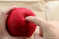 カットラインに和紙を貼る2回目(リンゴ型オブジェの作り方) (2)