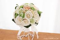 和紙の花(結婚1周年の紙婚式や、プロポーズプレゼントに最適な受注生産品の和紙ラウンドブーケ・花束)ホワイト、正面