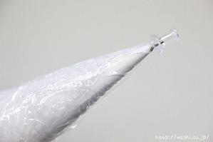 【DIY 和紙照明・あかり】製作開始(1:ラップを巻いて、先端にダルマピンを入れる) (2)