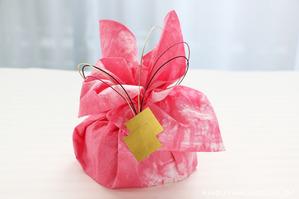バレンタインラッピング 箱物を包むタイプ