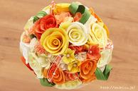 和紙の花(結婚1周年の紙婚式や、プロポーズプレゼントに最適な受注生産品の和紙ラウンドブーケ・花束)イエローオレンジ、真上