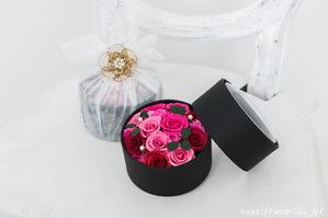 最愛の人に贈る和紙の花−ミニバラのボックスフラワー (4)