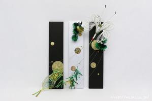 結納品のリメイクにモダンな3連パネル (鶴、亀、松、竹の水引飾り設置時)