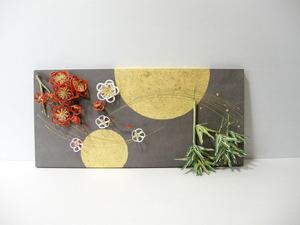 梅と竹の水引飾りをレイアウトした、結納水引リメイクパネル