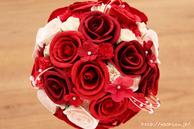 和紙の花(結婚1周年の紙婚式や、プロポーズプレゼントに最適な受注生産品の和紙ラウンドブーケ・花束)レッド、真上