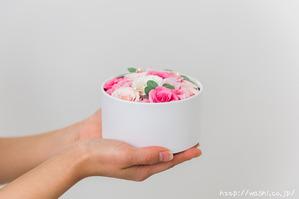 最愛の人に贈る和紙の花−ミニバラのボックスフラワー (7)