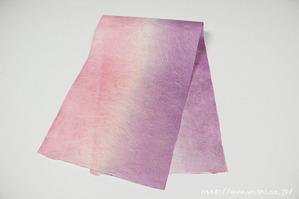 グラデーション染色和紙3(別アングル)