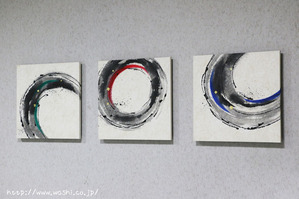 墨と3色カラーの和紙アートパネル (1)