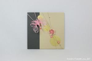 結納品リメイク事例−和室・床の間用の角サイズアートパネル (鶴と梅の水引飾り)