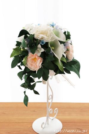 結婚1周年、紙婚式の和紙ブーケ。全て和紙で作られたトルコ桔梗ブーケ・花束 (正面) (1)