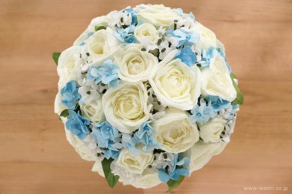 結婚1周年に再現ブーケのプレゼント「白バラと小花の和紙の花束・アニバーサリーブーケ」 (上部)
