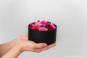 最愛の人に贈る和紙の花−ミニバラのボックスフラワー (6)