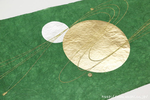 2016年11月11日新入荷の創作和紙 (緑色和紙と丸箔アップ)
