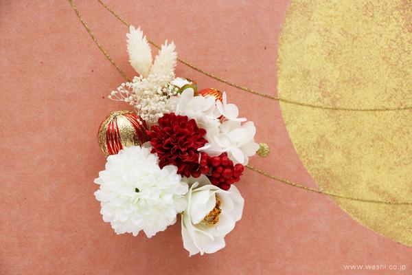 結納飾りをリメイクして3種類の角型アートパネルに (花飾り)