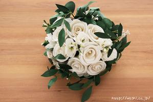 結婚1周年の紙婚式プレゼントに和紙ペーパーフラワーブーケ(ホワイト&グリーン)真上から