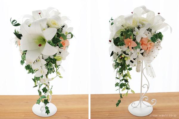 オーダーメイドの和紙の花ブライダルキャスケードブーケ (正面・横アングル)