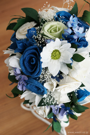 紙婚式記念日に贈る、心のこもった和紙製オーダーメイドフラワー