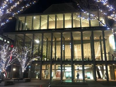 兵庫県立芸術文化センターでジャズコンサート