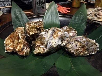 広島宮島産の殻付き牡蠣
