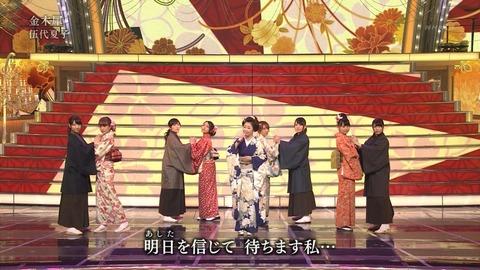紅白歌合戦での男装した渡辺麻友7
