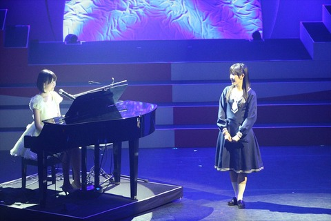 渡辺麻友と生田絵梨花のコラボで君の名は希望2