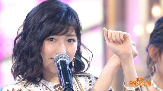 FNS歌謡祭2016_渡辺麻友10