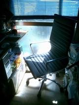 イームズ(タイプ)の椅子のすわり心地は?