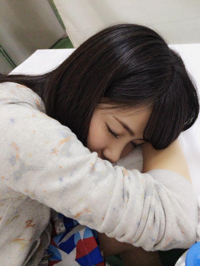 小嶋真子の寝顔