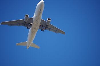 aircraft-847693_1280