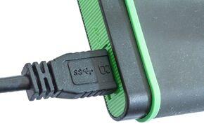 hard-drive-887042_1920
