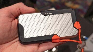 20200108-sandisk-8tb-portable-ssd-top-w1280