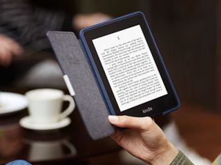 reading_a_kindle