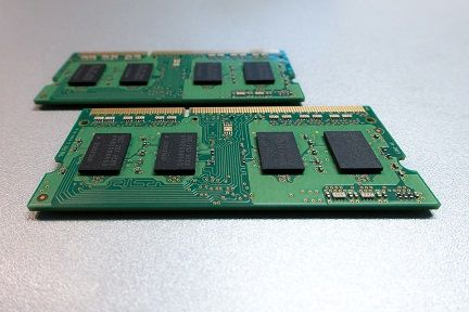 printed-circuit-board-1911693_960_720