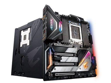 Gigabyte-X399-AORUS-Extreme-Motherboard_1-740x555
