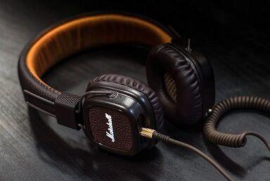 headphone-3085681_1280
