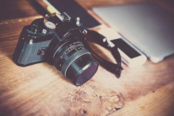 camera-581126_1920_R