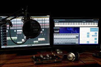 studio-1004158_1920