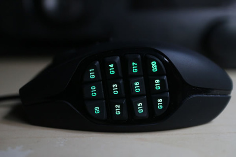 Logitech-G600-MMO-Gaming-Mouse-Side-Buttons