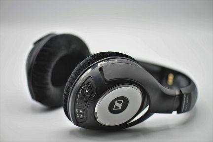 headphones-3683983_960_720