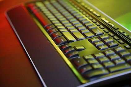 black-color-computer-keyboard-4066517_1280