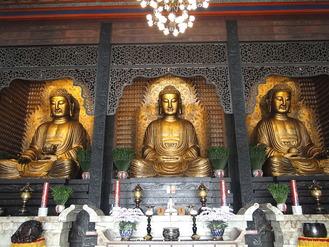 高雄市・佛光山の修道院本殿