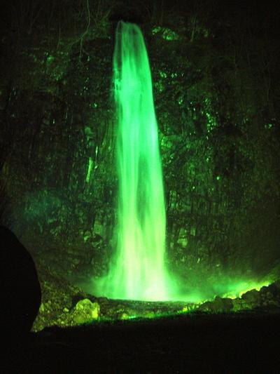 玉簾の滝ライトアップ