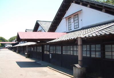 山居倉庫全景2