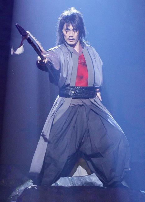 舞台『真田十勇士』で熱演中! 由利鎌之助役・加藤和樹くんの独占コメントいただきましたっ☆