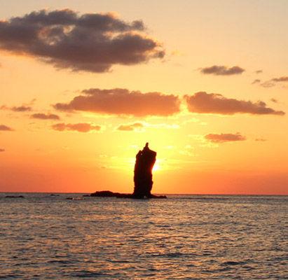ローソク島遊覧船1