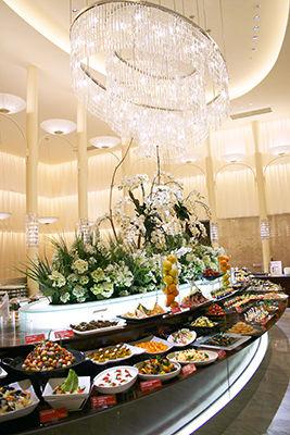 期間限定! 柿安のビュッフェレストラン「三尺三寸箸Nouvelle 日比谷店」で北海道の味覚を堪能♪