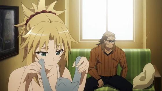 Fate/Apocrypha 第6話 感想:普段は粗暴なのに猫とじゃれるモーさんがかわいい!