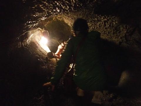 驚異の地底世界 鳴沢氷穴・富岳風穴